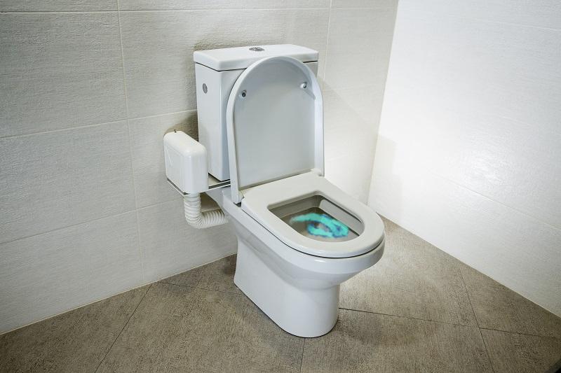 מכשיר למניעת ריחות בשירותים